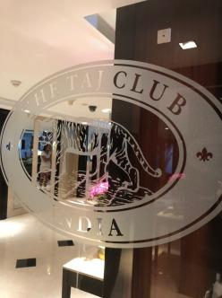 taj club 4